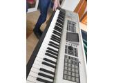 Vends Fantom X8 Roland