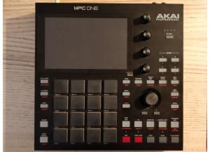 Akai Professional MPC One (58022)