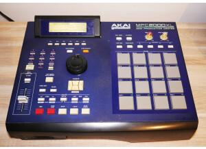 Akai Professional MPC2000XL MCD version (35812)