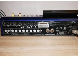 Akai Professional MPC2000XL MCD version (67315)