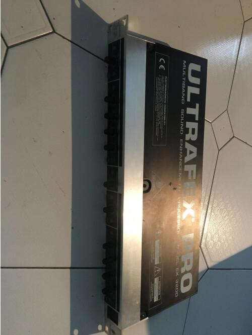 Behringer UltraFex Pro EX3200 (31745)