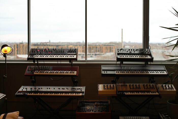 Studio_SL_Synthétiseur_Baie_Vitrée