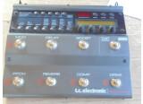vends nova system tc electronique  , etat correct , tout fonctionne .