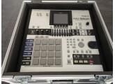 Vends la superbe MV8800 production studio de chez Roland + fly case