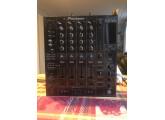 Vend Pioneer DJM 800, Envoi possible.