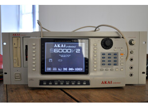 S6000_01