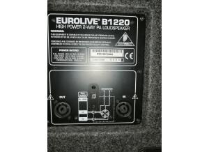 Behringer Eurolive B1220