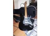 guitare électrique HOHNER Professional ST59
