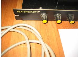 SM Pro Audio Beatbreaker 4