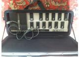 Vends Foot Controller Behringer FCB1010 avec eprom UNO et housse rigide SKB