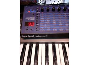 Dave Smith Instruments Evolver (80287)