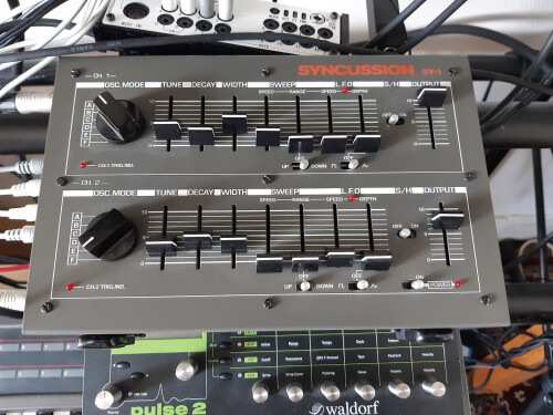 The Human Comparator Syncussion SY-1 (69316)