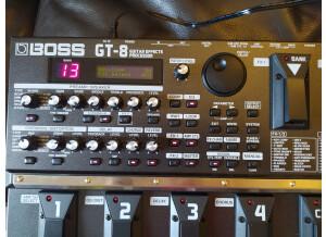 Boss GT-8