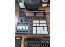 Vends Maschine MK3 + Decksaver + Native Instrument Middle East