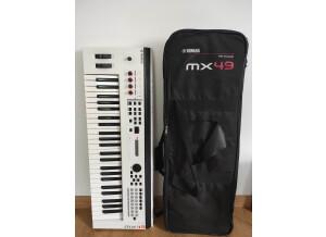 Yamaha MX49