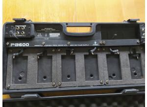 Behringer PB600 Pedal Board