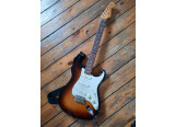 Vends Fender Classic 60's Strat