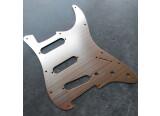 Vends Pickguard Or Pâle pour Fender / Squier Stratocaster