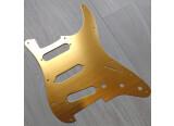 Vends Pickguard Orange Gold pour Fender / Squier Stratocaster