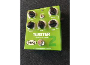 T-REX-TWISTER_3.JPG