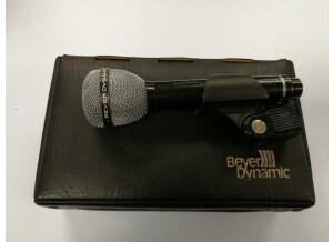 Beyerdynamic M 88 N(C)