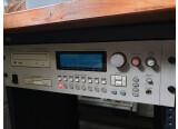 Vends Akai Professional CD3000XL