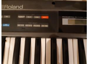Roland JUNO-2
