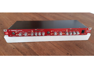 SM Pro Audio TB202