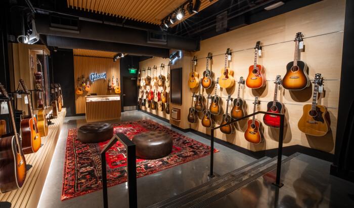 Gibson Garage Interior-1-3