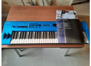 Yamaha MX61 II