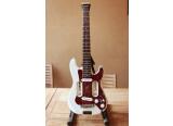 A vendre : Traveller guitar EG2 avec préamp intégré