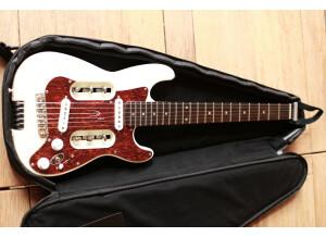 Traveler Guitar EG-2