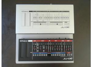 Roland JU-06 (6269)