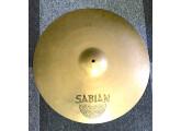 """Vends Cymbale Sabian 21"""" AAX Ride légèrement Ovalisée."""