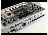 Vend GROOVEBOX ROLAND MC 505 Comme neuve