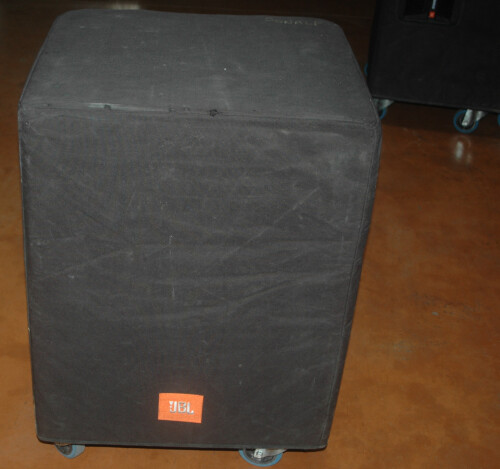 .JBL SRX718 5.JPG