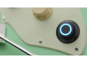GTRS Intelligent Guitar1