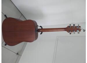 Takamine G320