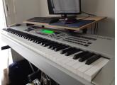 Vends Clavier arrangeur Yamaha MO8 Workstation
