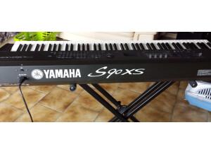 Yamaha S90 XS