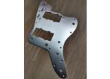 Vends pickguard aluminium anodisé pour Fender et Squier Jazzmaster