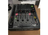 Table  de mixage  Allen & Heath Xone 42