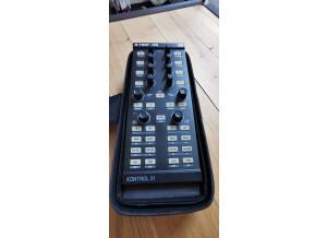 Native Instruments Traktor Kontrol X1 (4357)