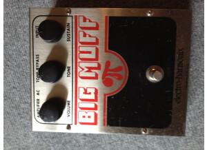 Electro-Harmonix Big Muff v4 (ampli op - tone bypass)