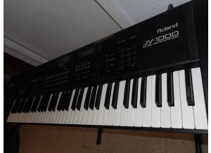 Roland JV-1000 (73010)