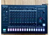 Vends Roland TR-8S (ou échange contre Novation Circuit Tracks + différence)