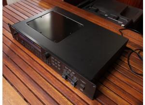Roland JV-1080 (82908)
