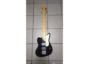 Fender Pawn Shop  Reverse Jaguar Bass (10005)