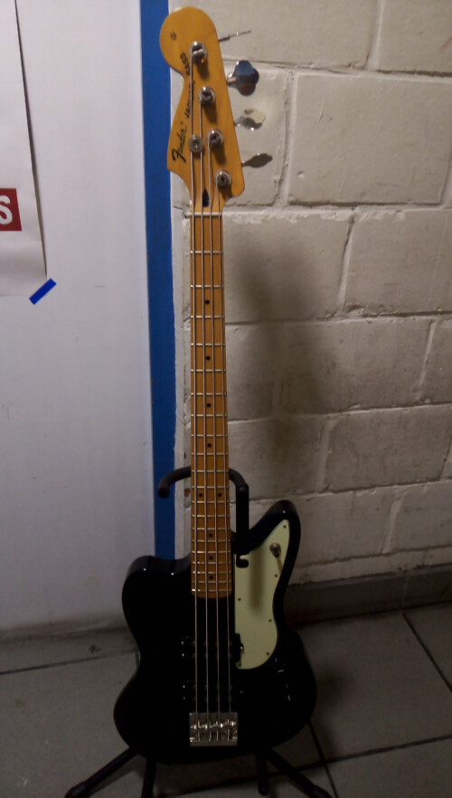 Fender Pawn Shop  Reverse Jaguar Bass (85040)