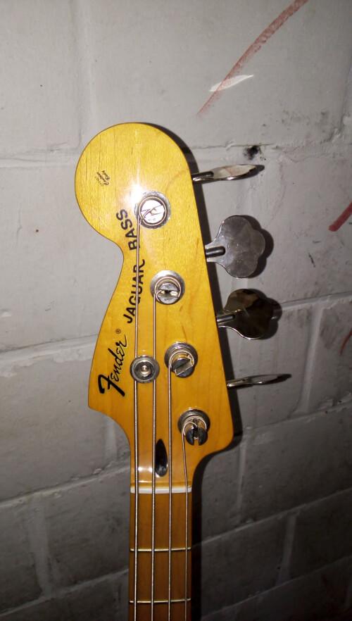 Fender Pawn Shop  Reverse Jaguar Bass (23776)